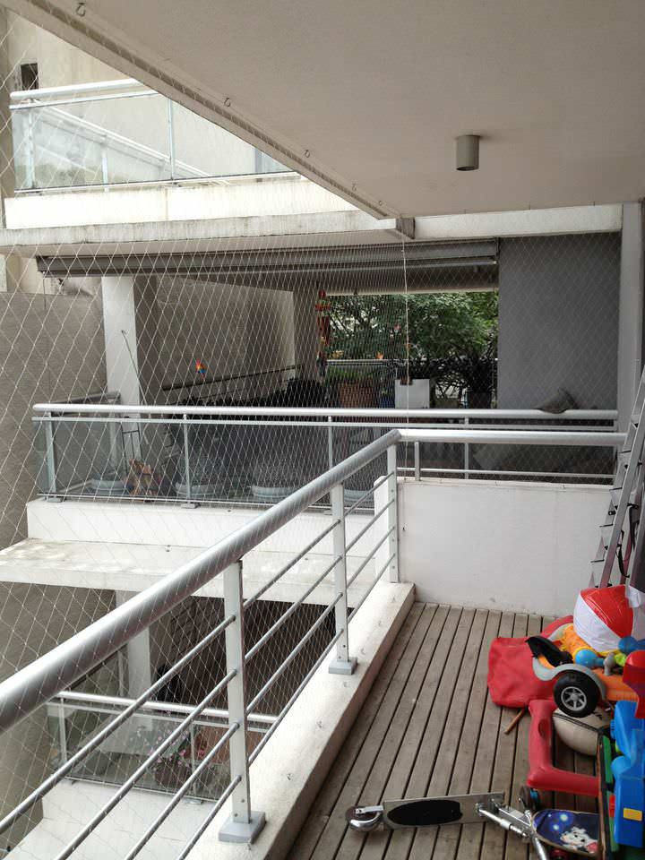 Another balcony with fine tanza